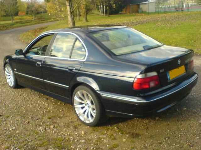 auto blue black cars car automobile noir d voiture bleu coche bmw orient berline bleue 530 noire ?????????? véhicule 530d allemande
