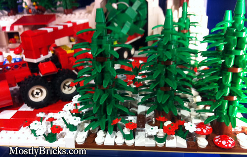 Austin, Texas LEGO Store - Christmas / Holidays Display 2010