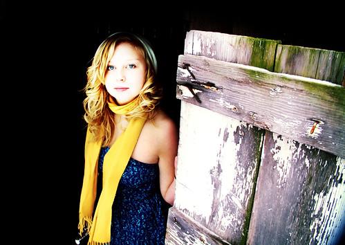 [フリー画像] 人物, 女性, 金髪・ブロンド, 201101090300