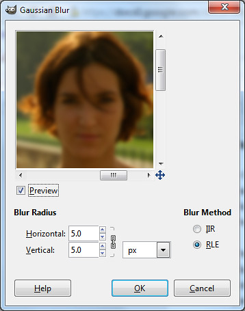 Gaussian Blur dialog box in GIMP