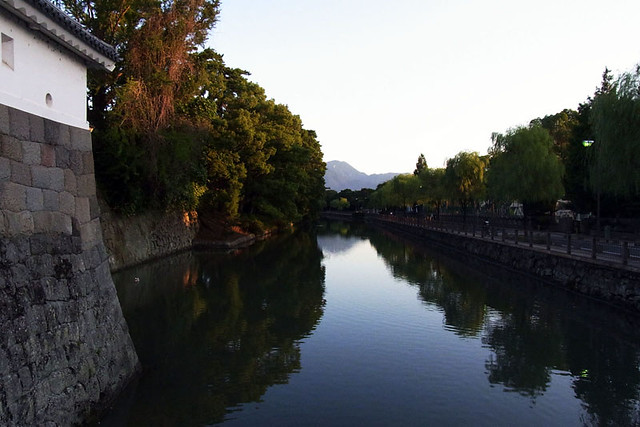 100926_060327_静岡_駿府城
