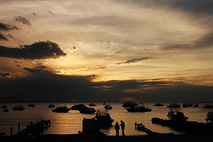 Coucher de soleil sur le lac titicaca - Copacabana (Vincent Rousseau 54) Tags: peru titicaca port lac copacabana coucherdesoleil bolivie pérou mygearandmepremium mygearandmebronze