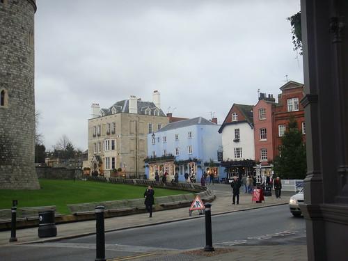 Calle de subida al Castillo de Windsor