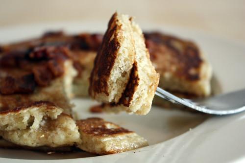 bite o' pancake.