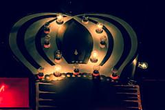 (Talisman39) Tags: santa travel newmexico night vintage court route66 neon driving 66 adventure route nostalgia kings nostalgic americana rest fe nm yesteryear motherroad