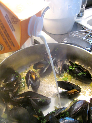 Flavours of PEI Steamed Mussels New London Style