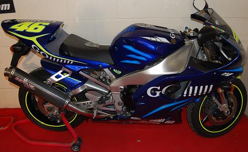 motorcycles yamaha motorbikes yzrm1