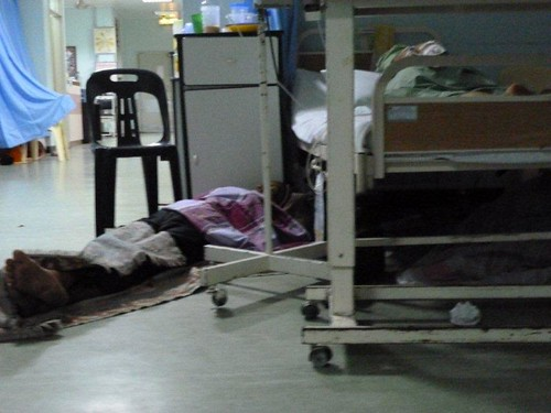 2d. Carers sleeping on the floor