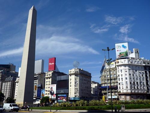 L'obelisque, avenue du 9 juillet a Buenos Aires