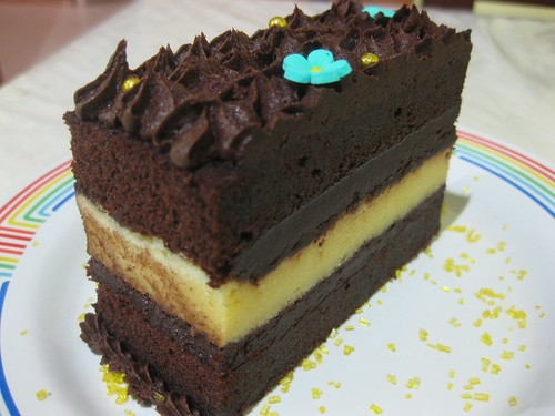 #05: Triple Decker Cake_slice