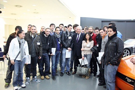 Giorgetto Giugiaro with IAAD students