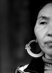 Hmong ear ring - Vietnam (Eric Lafforgue) Tags: silver asia dof culture tribal vietnam viet boucle tribes asie tradition tribe ethnic minority argent tribo jewel vietname ethnology tribu minorities  wietnam ethnie    vietnam6652