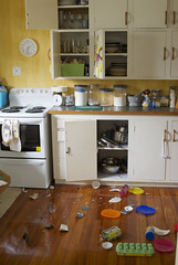kitchen earthquake
