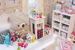 Bun's room (Cyristine) Tags: bear cute toys miniatures room mohair kawaii rement dollhouse teddie kuma