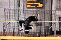 Day Two: Big Ten Women's Indoor Track & Field (Phil Roeder) Tags: championship athletics women track running bigten athletes hawkeyes trackandfield indoortrack universityofiowa purdueuniversity canon70200f28 blackandgold lambertfieldhouse canonef70200f28 canon70200f28lll