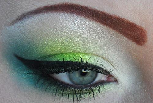 White & Green EOTD 4