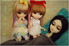 ~Naughty girls~ (-Poison Girl-) Tags: new hair doll dolls eyelashes hellokitty wig groove pullip miki lead pullips poisongirl takumi junplanning moeru papin taeyang rewigged obitsubody rechipped taeyanglead pulliphellokitty