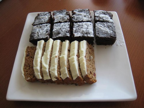 Vegan birthday cakes 2011: Vegan Brownies & Spicy Applesauce Cake with Lemon Frosting