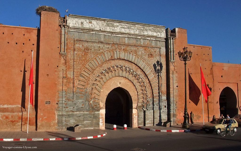 La grande porte du palais du Roi