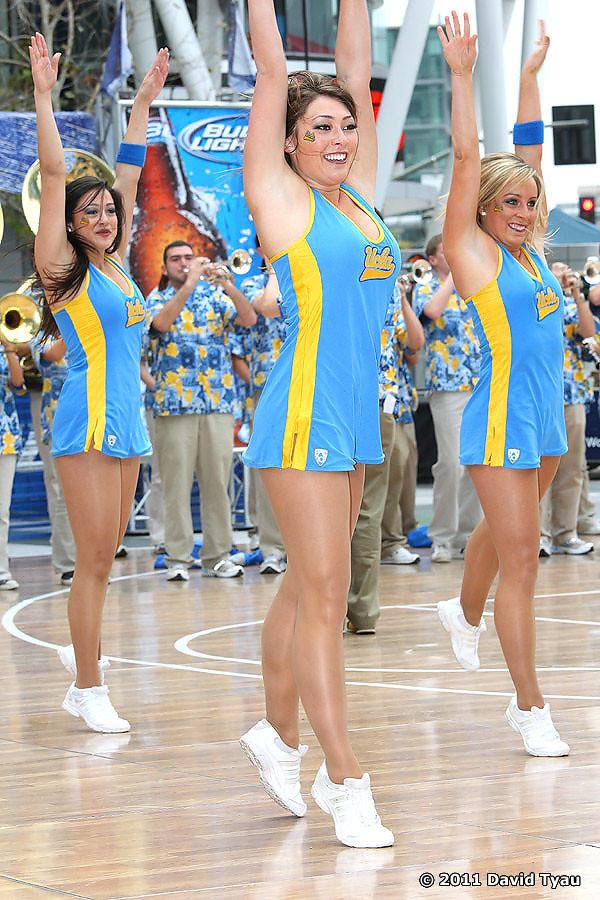UCLA Dance Team 037