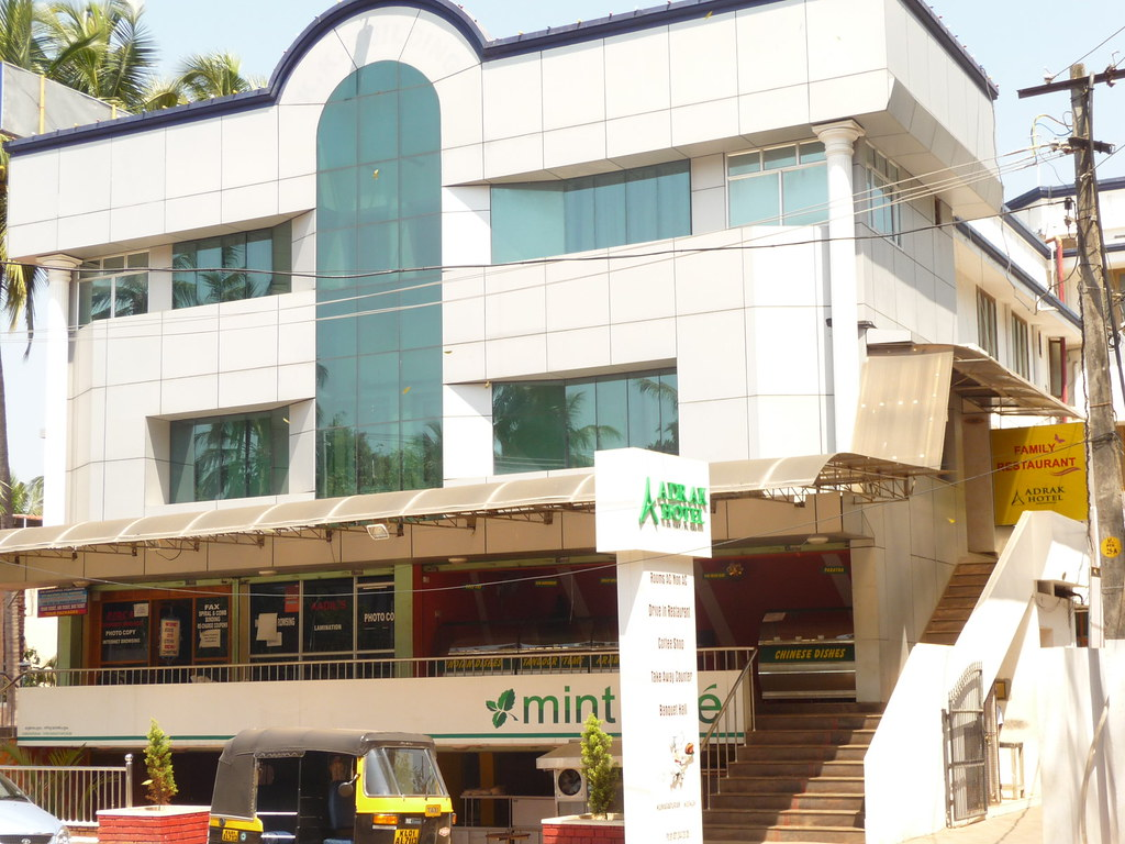 Trivandrum Restaurants Food Courts Eateries