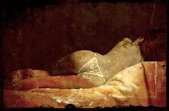 Los silencios se adormecen en la palabra... (conejo721*) Tags: argentina amor palabras mardelplata poesa poema sentimientos cuerpodemujer conejo721