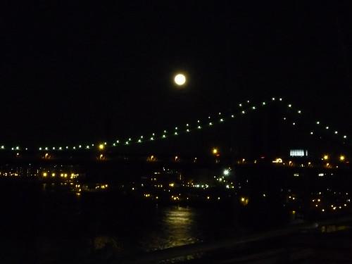 Moonrise, East River, view of the Manhattan Bridge, evening, March 19