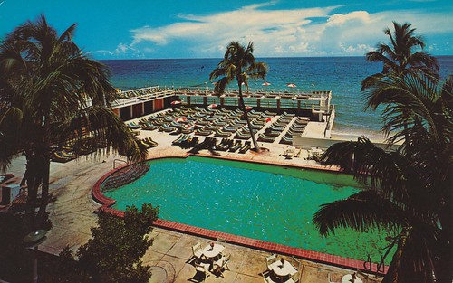 The Crown Hotel - Miami Beach, Florida