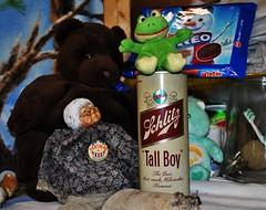 Schlitz Tall Boy (BACKYard Woods Explorer) Tags: schlitz granny froggy beercans bloggedonpbr schlitztallboy meatheadforpresident