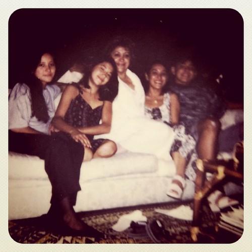 Com a mamãe e meus irmãos #aos22