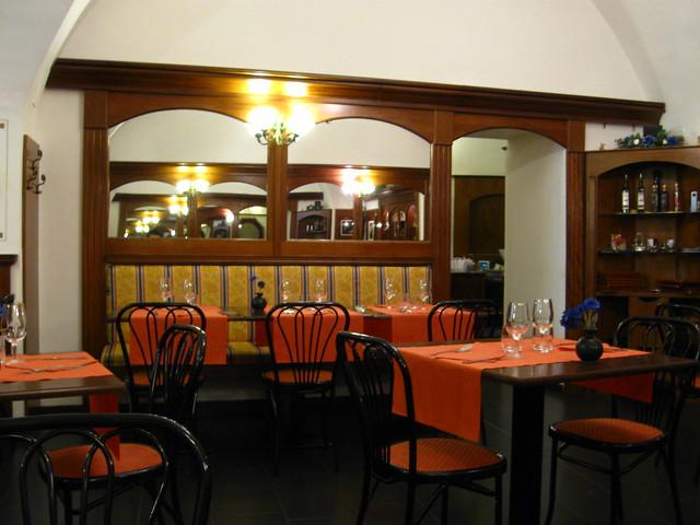 レストランのフリー写真素材