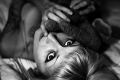 38/365 (obo-bobolina) Tags: portrait bw bed sleep hannah ollie sp 365 shh selfie 365days