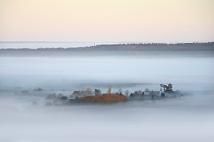 Morning mist over South Harting from The South Downs Way, West Sussex (Simon Verrall) Tags: mist weather fog sunrise landscape dawn sussex photo view westsussex february southdowns morningmist 2011 harting englishlandscape southharting thesouthdowns
