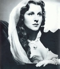 Frances Dee in If I Were King (Silverbluestar) Tags: ladies girls bw classic film beautiful beauty vintage stars 1930s women pretty veil 1938 hollywood actress movies celebrities brunette womens francesdee