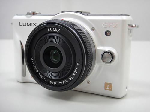 Panasonic GF2 + 14mm 餅乾鏡