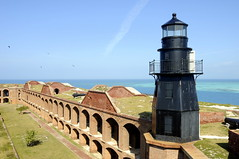 Garden Key Lighthouse, Florida (lighthouser) Tags: usa lighthouse nationalpark florida fortjefferson drytortugas gardenkey ftjefferson top20lh