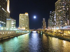 Full Moon over Chicago River (benft) Tags: explore reject3 reject4 reject1 reject6 reject7 reject2 accept2 accept5 accept3 reject5 accept4 reject8