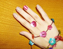 Geron (futilidadesdemenina) Tags: pink nude hand rosa nailpolish unhas esmaltes