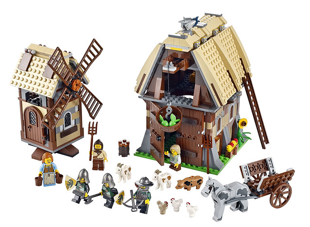 LEGO Kingdoms 7189 – Mill Village Raid
