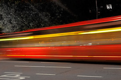 ابْعد بِطيفِكْ عُيوني ما تبَي شوفِكْ (eL reEem eL sro0o7e ♥) Tags: road red england bus london hydepark elreeemelsrooo7e الريمالسروحي