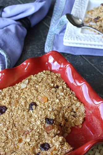 Baked Ginger Oatmeal Recipe with Apricot, Cherry & Almond