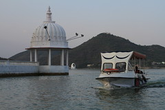 IMG_8607 (Tarun Chopra) Tags: travel india canon photography gurgaon rajasthan udaipur bharat hindustan hindusthan indiatravelphotography rajasthaninwinters gurugram