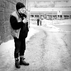 Dagens foto - 340: Dirty Boots (petertandlund) Tags: street blackandwhite bw man boots sweden stockholm cigarette 365 tre sthlm 08 sundbyberg hrgrman fotosondag fs110306