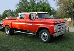 Chevrolet Viking Crew Cab C/60 (Dave* Seven One) Tags: classic chevrolet truck vintage gm awesome pickup chevy 1960s c60 4door crewcab dailydriver realtruck 4doorpickup