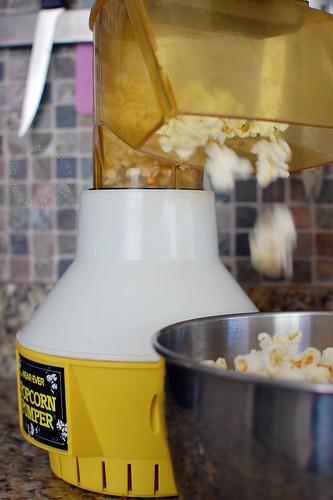 happy thing: popcorn traditions