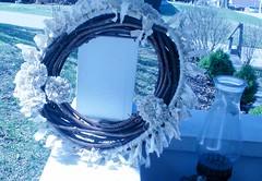 rag_rug_wreath_finished_porch_happycakecrafts_3_11