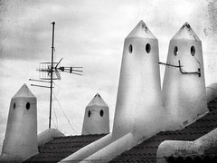 Casper and friends (eleda 1) Tags: chimney smiles flue ariels teneriffe rooftopview casperthelittleghost