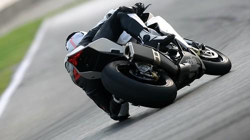 [Free Image] Vehicle, Motorcycle/Bike, 201110071300