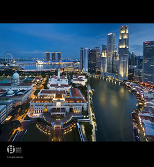 Singapore : Blu (Tomatoskin) Tags: sea moon reflection sunrise singapore pov resort bluehour kam casinos boatquay parliamenthouse padang singaporeriver stb structure floating esplanadedrive sigma10mm20mm singaporeflyer marinabaysands singaporetourismboard canoneos40d tomatoskin vertorama locationsingapore integratedresortir singaporeaneuphemism uniquelysingapore2010 bluehoursingapore gettyimagessingaporeq1