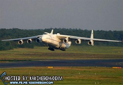 pesawat_antonov (1)